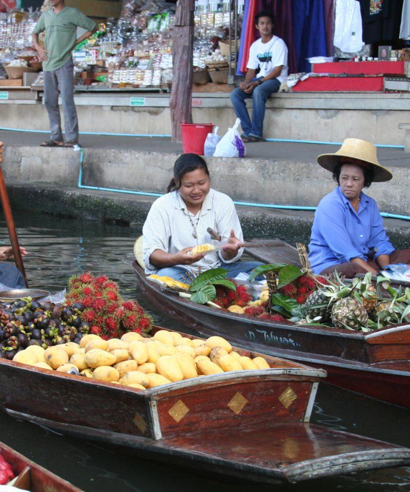 Friut vendors at floating market