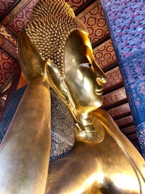 Reclining Buddha at Wat Pho 5
